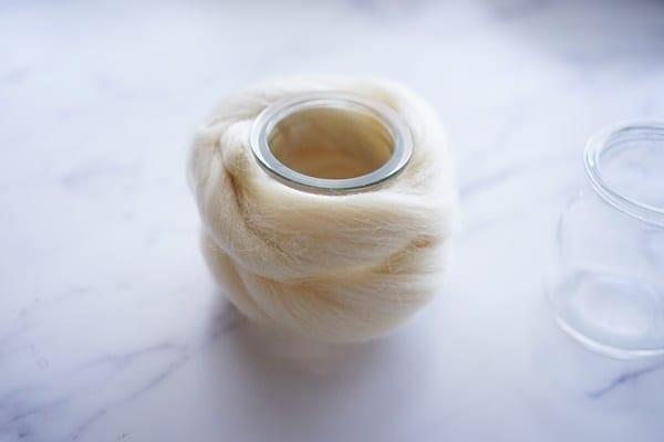 羊毛フェルト花瓶の作り方2