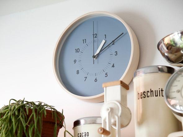 北欧インテリアにおすすめの掛け時計2