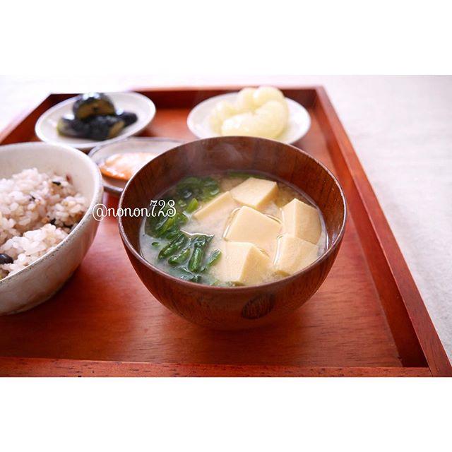 ほうれん草と高野豆腐の味噌汁