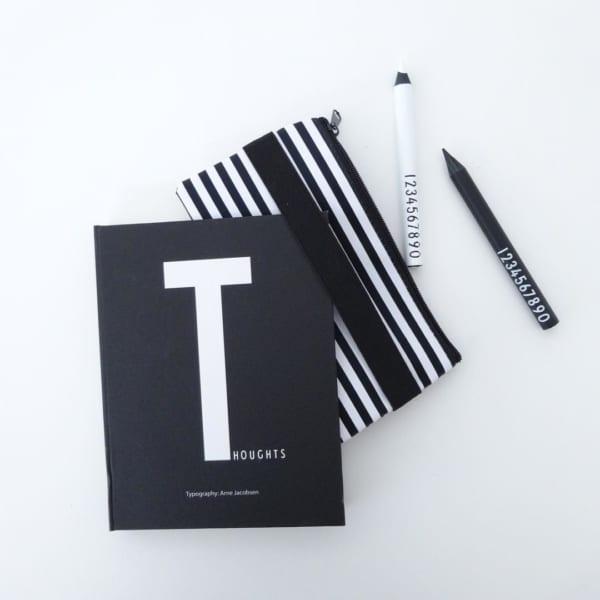 手帳に付けて使える100均のペンケース