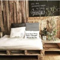 壁に注目♪壁紙を貼り替えてお部屋の雰囲気をガラリと変えちゃおう!