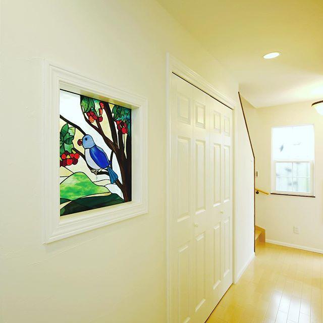 絵画風インテリアを壁面飾りとして利用
