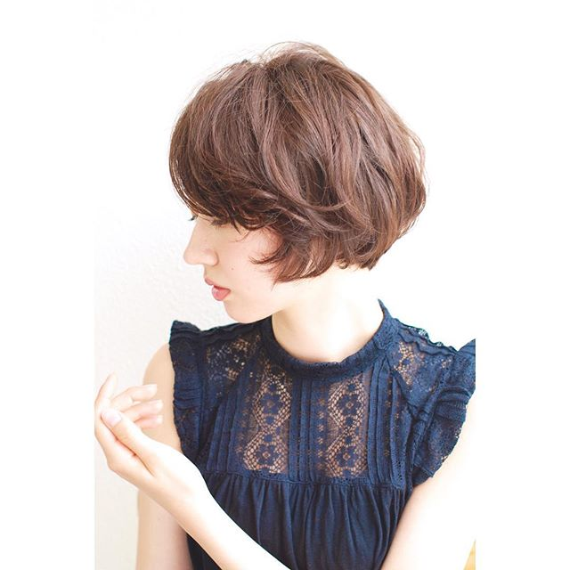 40代女性の前髪あり×ショートボブ《パーマ》3
