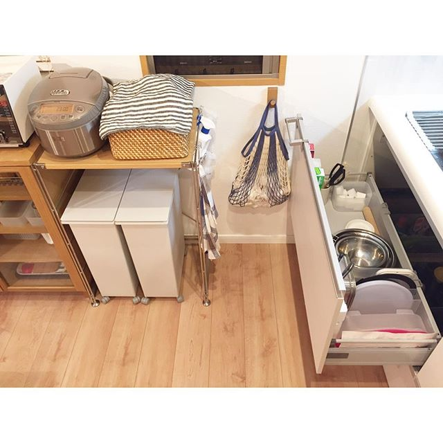 狭いキッチンのゴミ箱の置き場所13