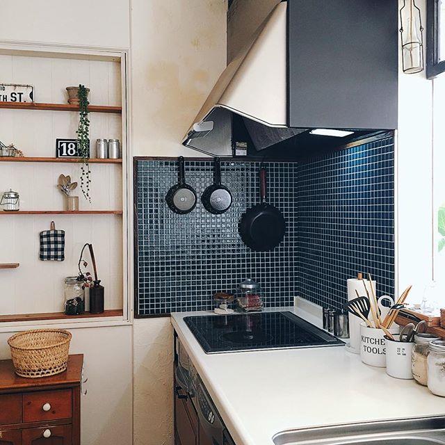 漆喰壁のキッチン