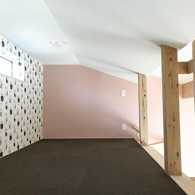 モノトーンの子供部屋《ペールトーンカラーのインテリア》3