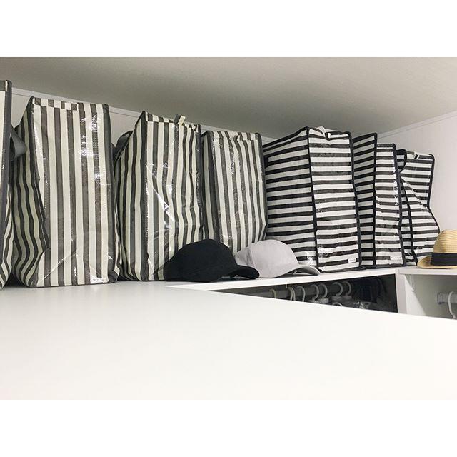 ダイソーのバッグを使う服の保管方法
