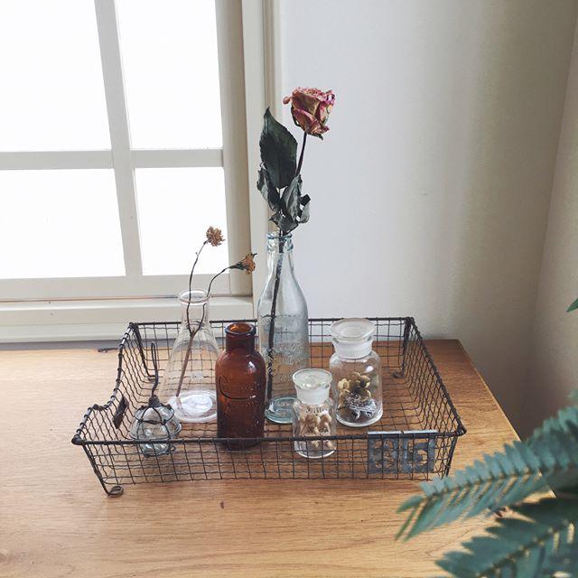 ガラス容器を花瓶に活用