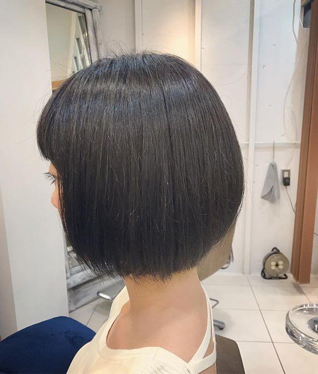 40代女性の前髪あり×ショートボブ《黒髪・暗髪》3