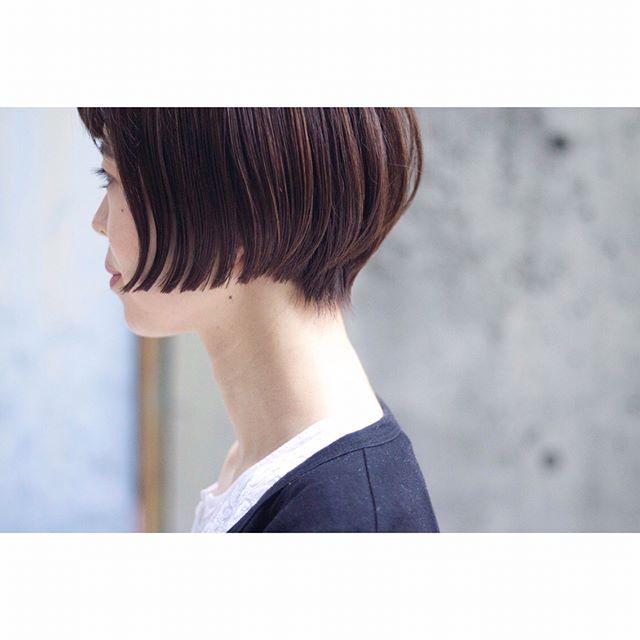 40代女性の前髪あり×ショートボブ《ストレート》2
