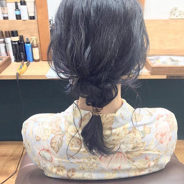 リラクシーなお呼ばれヘアスタイル