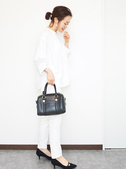 デザインシャツで可愛いオールホワイト