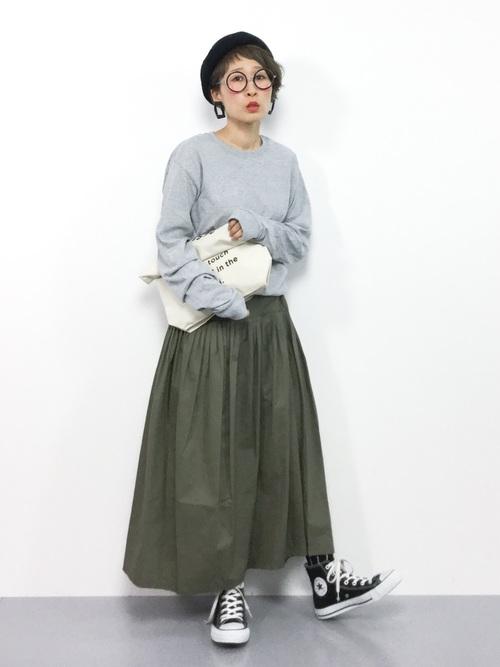 ほっこりスタイルのタックロングスカート
