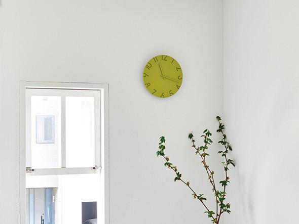 モダンインテリアにおすすめの掛け時計3