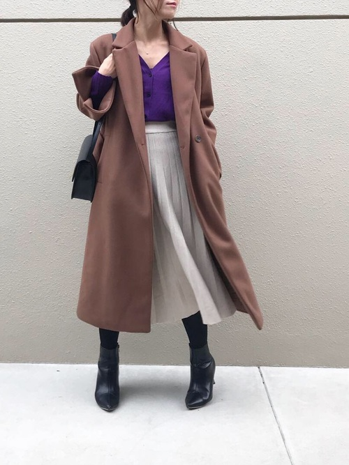 プリーツスカート×紫カーディガン