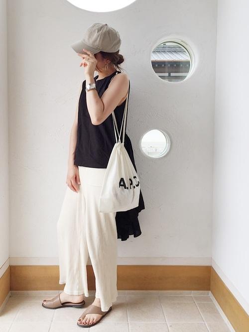 【タイ】4月に最適な服装:パンツコーデ3