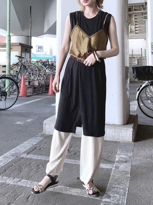 【タイ】4月に最適な服装:パンツコーデ2