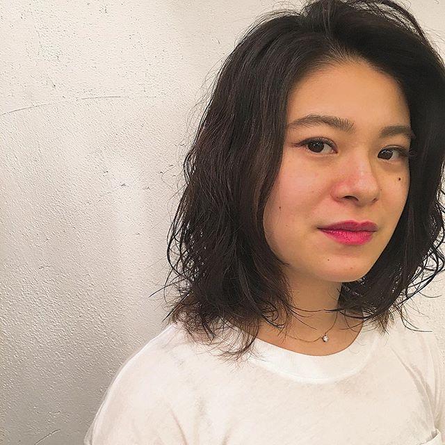 丸顔×黒髪×ラグジュアリーボブ