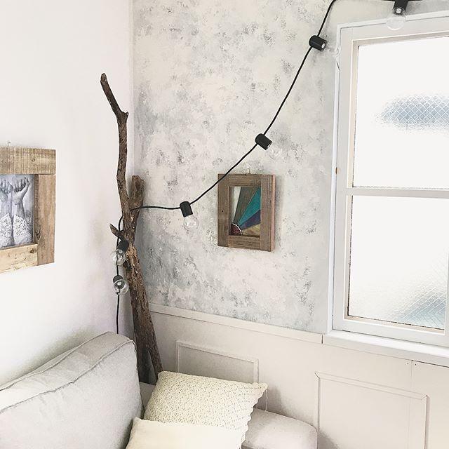 絵画風インテリアで部屋に華やかさをプラス