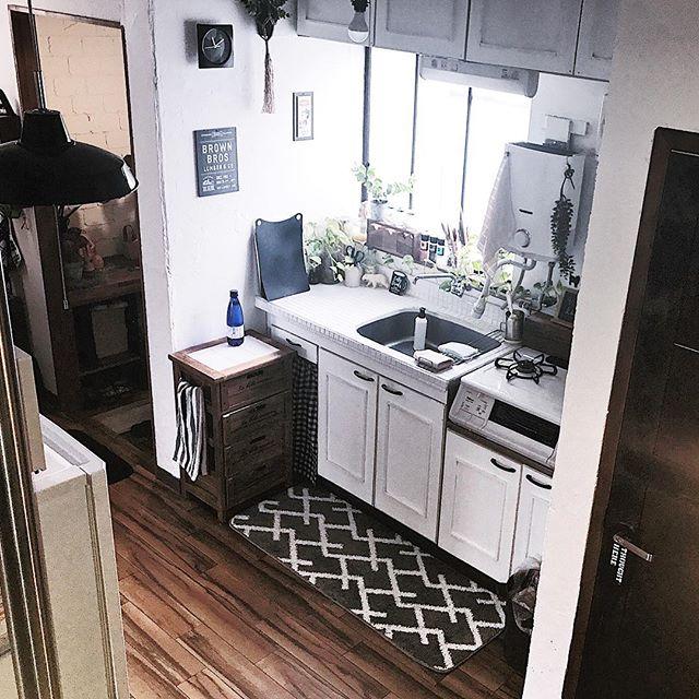 狭いキッチンのゴミ箱の置き場所3