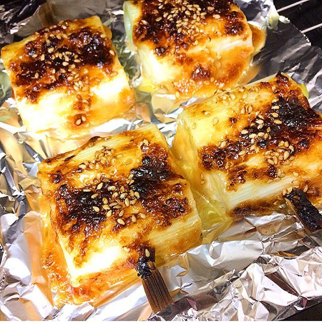 とんかつの副菜レシピに!白ねぎの味噌マヨ焼き