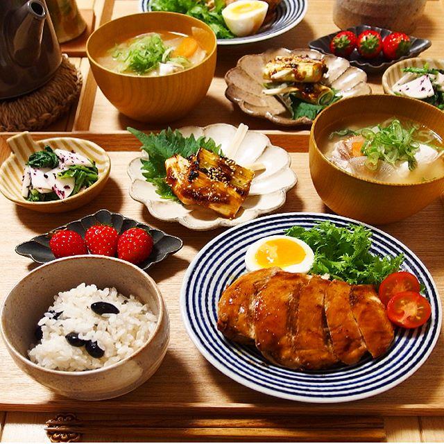 こどもの日の料理!鶏むね肉のガリバタステーキ