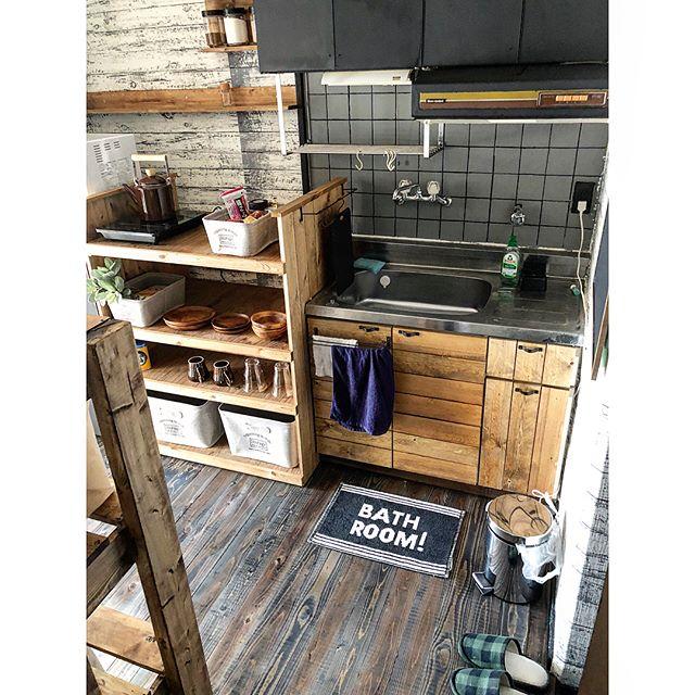 狭いキッチンのゴミ箱の置き場所