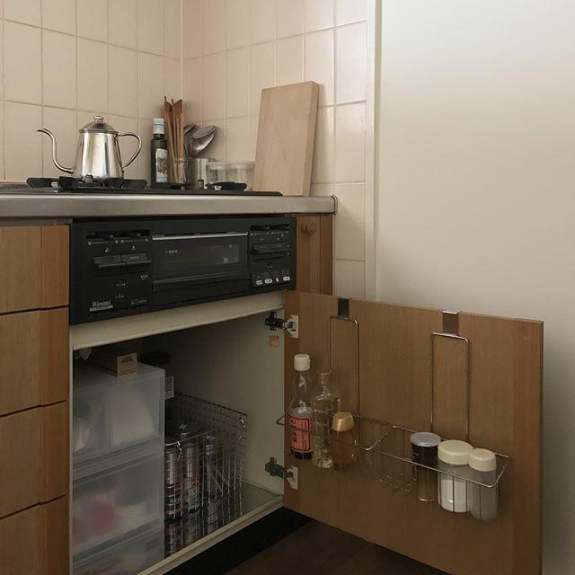 一人暮らしのおしゃれなキッチン《調理器具》