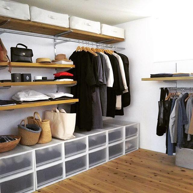 棚板の上に無印商品を横並びに配置する方法