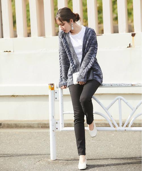 【韓国】4月に最適な服装:パンツコーデ4
