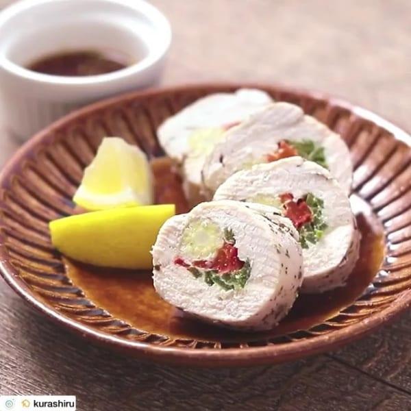 付け合わせ!サバの味噌煮とカラフルロールチキン