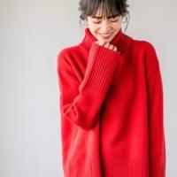 今年のトレンドカラー「赤」をもっと楽しもう!センスのいい大人コーデの作り方