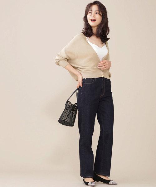 【韓国】4月に最適な服装:パンツコーデ7