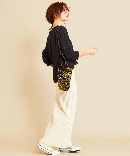 ニットスカートのデートの服装