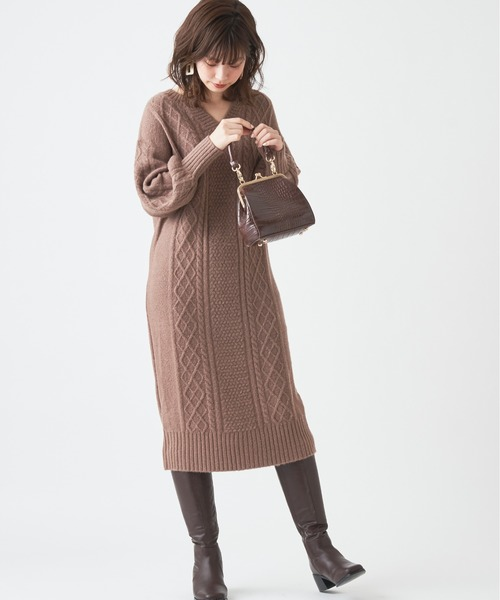[natural couture] 後ろジップもちもちキーネックワンピース