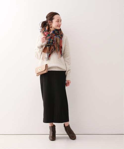 ミニバッグ×スカート