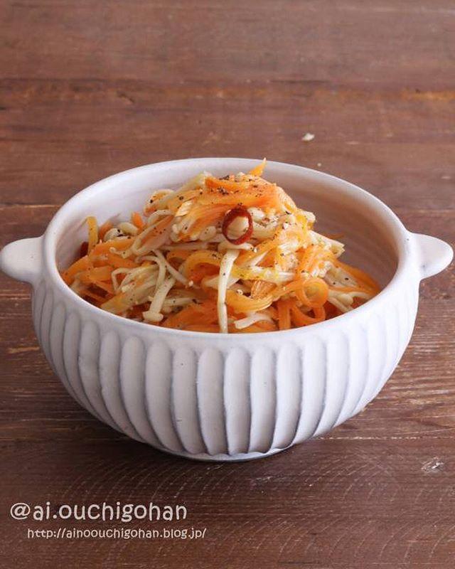 『きのこ』の人気副菜レシピ《炒める》3
