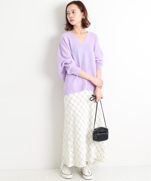 デートらしいきれいめカジュアルな服装