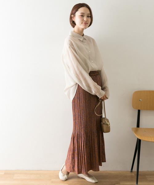 シアーシャツ×レディーススカート