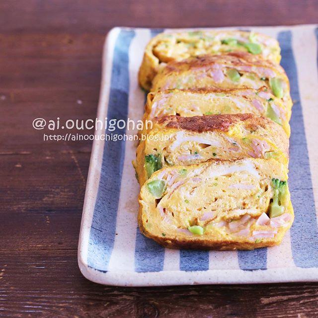 ビーフシチューにブロッコリー入り簡単卵焼き