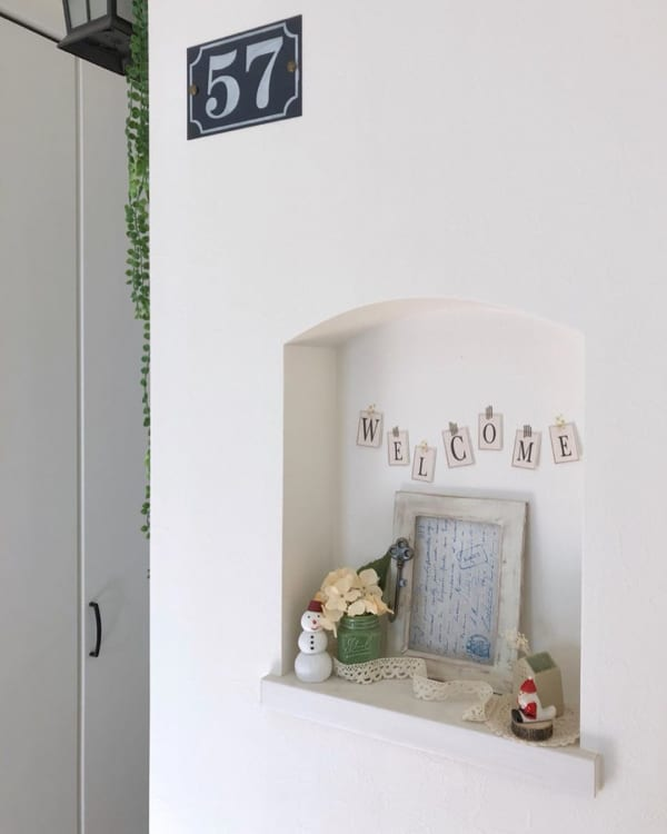 おしゃれな飾り棚《玄関》13