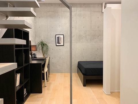 地下室のあるシンプルテイストのお部屋2
