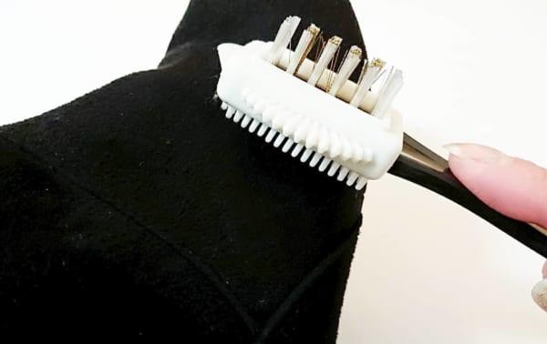 靴汚れを取るシューズブラシ