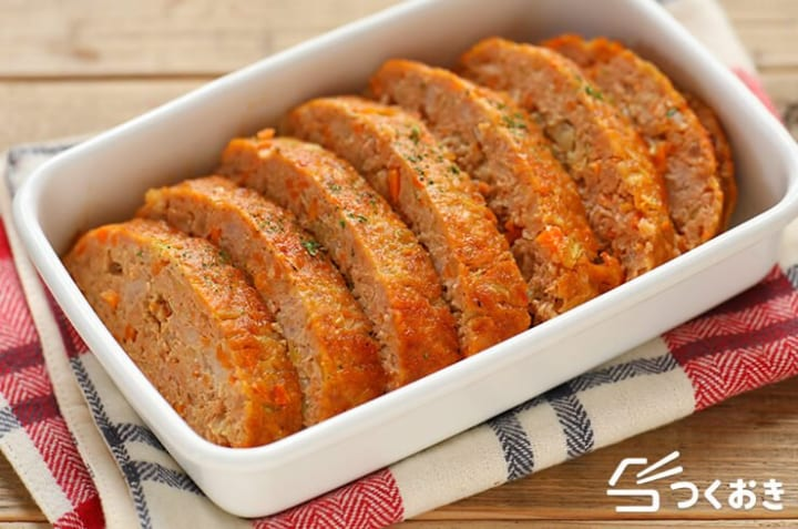 朝食のおかずにも!ひき肉と野菜ミートローフ
