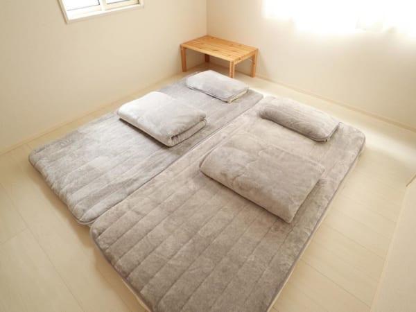 シンプリストの寝室インテリア2