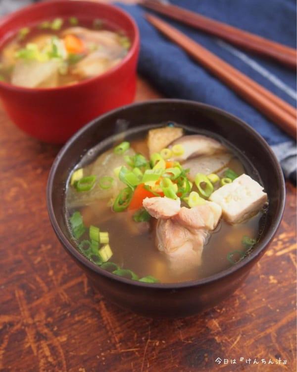豆腐を使った人気の副菜《煮物料理》