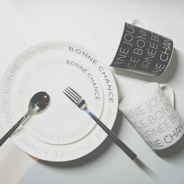 ダイソーの白黒食器5