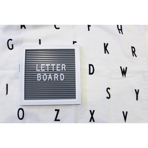 お好みのメッセージをを作れるレターボード