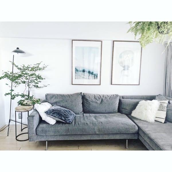 大きなソファが家族のくつろぎスペース