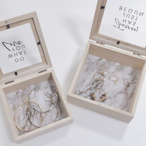木製コレクションケース(キャンドゥ)